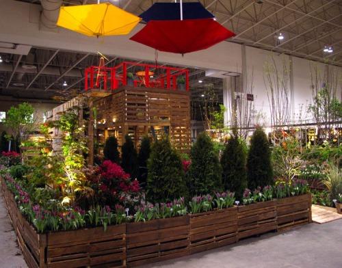 Pallet Garden BSq Structure Canada Blooms 2012