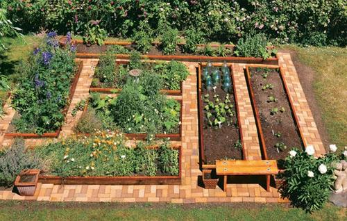 Design a Fabulous Raised Bed Veggie Garden!
